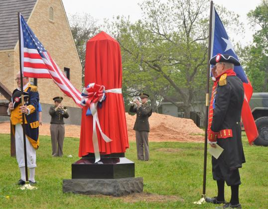 WWI monument unveiling draws large crowd